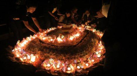 Tưởng niệm 64 liệt sỹ hy sinh ở Gạc Ma:14.3.1988 (tại bãi Ngang-Đồ Sơn-HP) Ảnh: PB