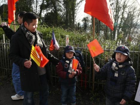Ba bố con: Thành - Việt - Vinh